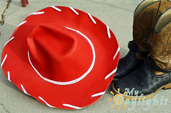 DIY Jessie Hat (from Toy Story) - Your Everyday Family