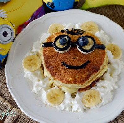 Minion Face Banana Cream Pancakes