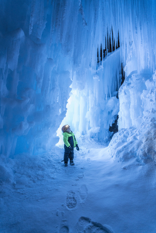 Family Fun Winter Activities for Winter in Northern Utah-from the ice castles of Midway to dinosaurs of Thanksgiving Point and the Utah Symphony...