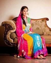 Pakistani Wedding Mehndi Dress Designs 2016 7