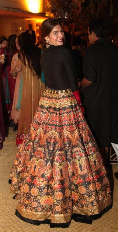 Tall Women Bridal Lehenga Dress Designs 2016 6