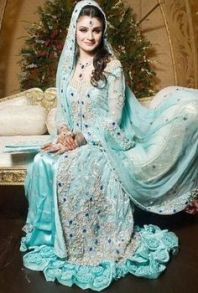 Bridal Maxis Long Dresses For Pakistani Brides 2016 3