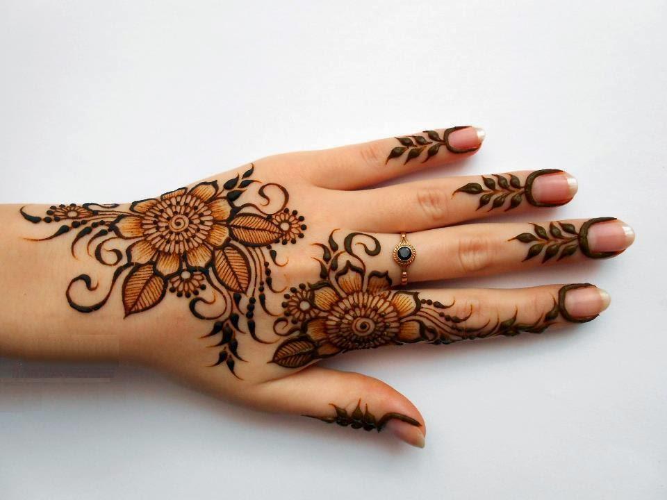 Fancy Mehndi Designs For Summer Season Weddings