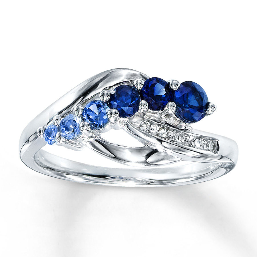 How to buy sapphire wedding ring for your special moment for Buying wedding rings