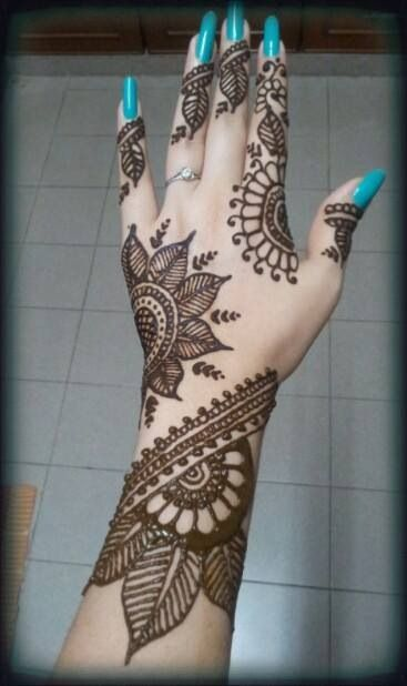Fall Mehndi Designs For Brides and Guests 2016-17 3