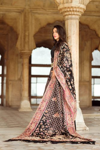 shiza-hassan-winter-bridal-dresses-fancy-collection-2016-17-8