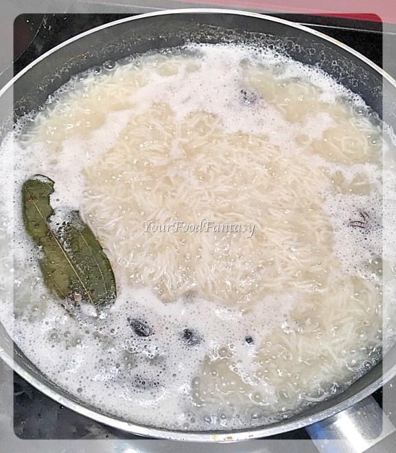 white rice for chicken biryani recipe at yourfoodfantasy.com by meenu gupta