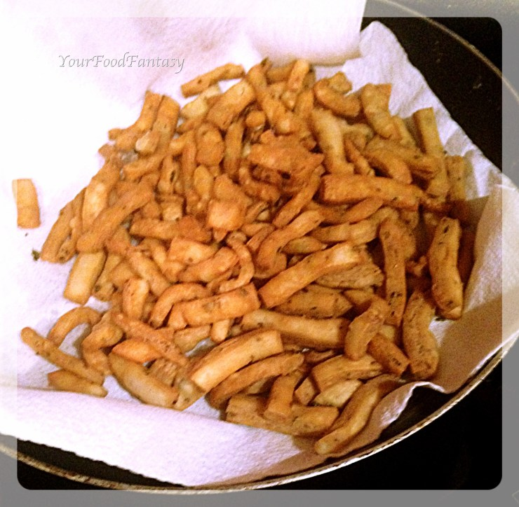 Namak Paray ready to be served | Namak Paray recipe at yourfoodfantasy.com by meenu gupta .jpg