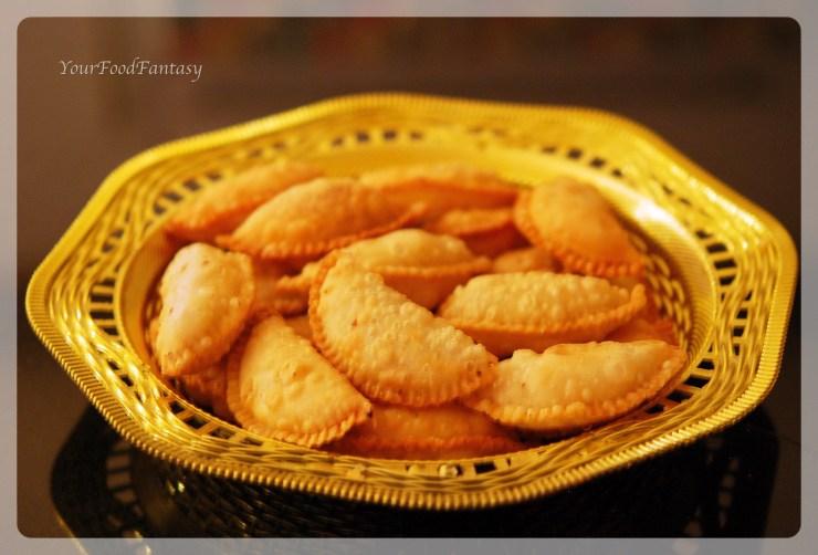 Gujiya recipe by meenu gupta | your food fantasy