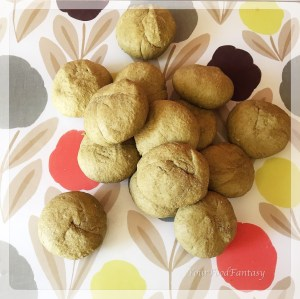 Dough balls ready for palak poori | YourFoodFantasy.com