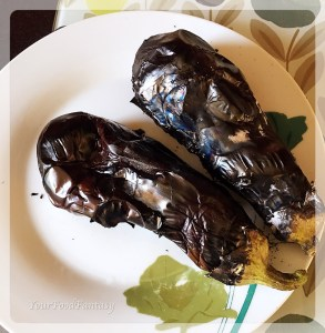 roasted aubergine | baingan bharta | Yourfoodfantasy.com