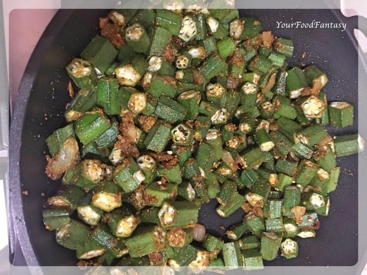 Restaurant Style Bhindi Masala | YourFoodFantasy.com