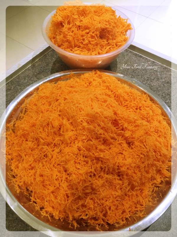 Peeled and Grated Carrots for Gajar Halwa