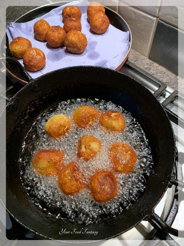 Deep frying Kofta to make Cabbage Kofta Curry - Your Food Fantasy