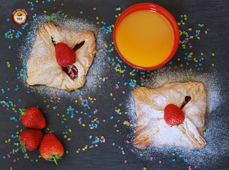 Apple & Strawberry Pockets | Apple recipes | YourFoodFantasy.com