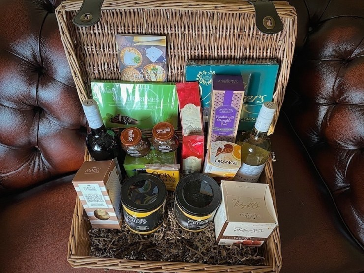 Prestige Gift Hampers Review - Your Food Fantasy