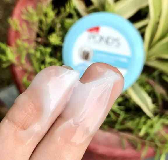 Pond's super light gel review
