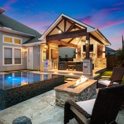 custom outdoor kitchens patios