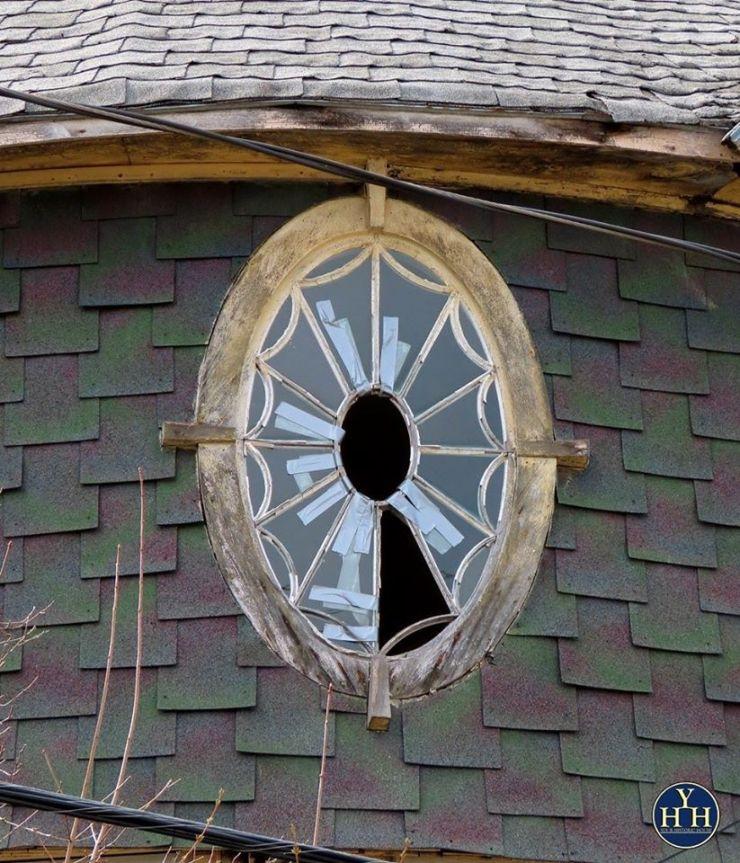 queen anne style house window broken restoration