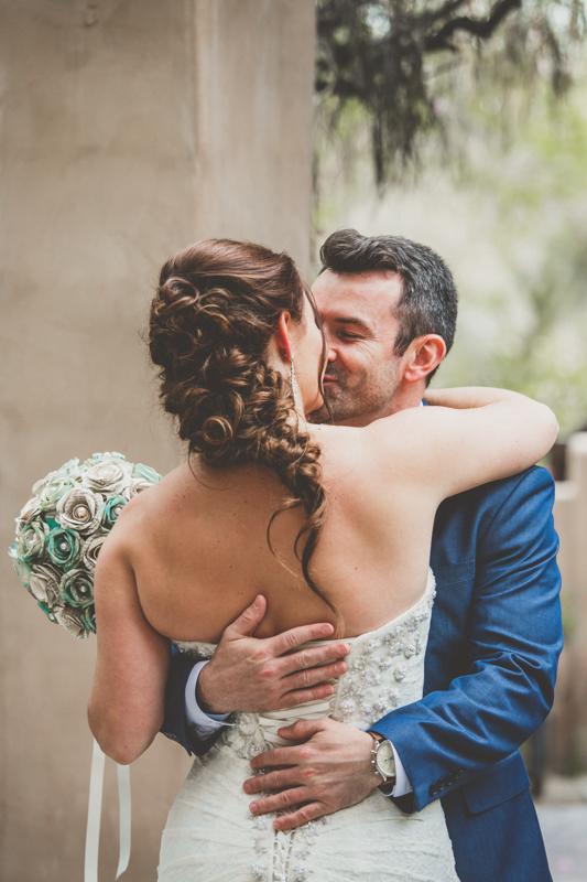 living desert wedding first kiss