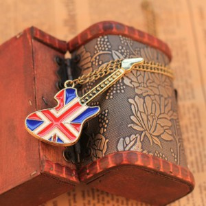 New-Hot-Sale-Top-Quality-18K-Gold-Plated-Vintage-England-British-Flag-Guitar-Necklace-Pendant-Sweater-300×300