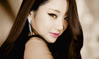 KYUNGRI (Lead Vocals)