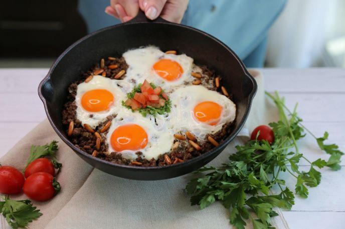 Oriental eggs