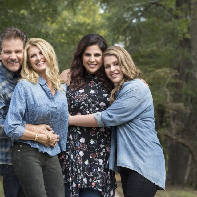 Hillary Scott & The Scott Family Preview Songs From Upcoming Album 'Love Remains'