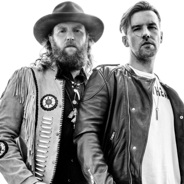 Brothers Osborne Throw A Bus Party In Hanford, California