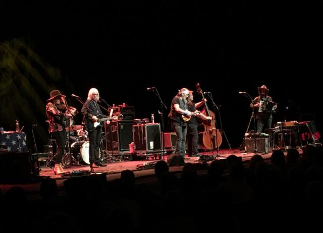 GIG REVIEW: Steve Earle & The Dukes – Live At The Barbican, London