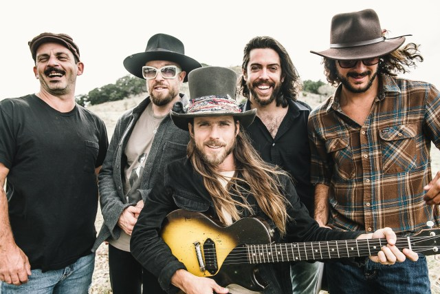 ALBUM REVIEW: Lukas Nelson & Promise Of The Real – 'Turn Off The News (Build A Garden)'
