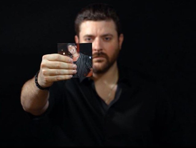 Chris Young Releases 'Drowning' Video