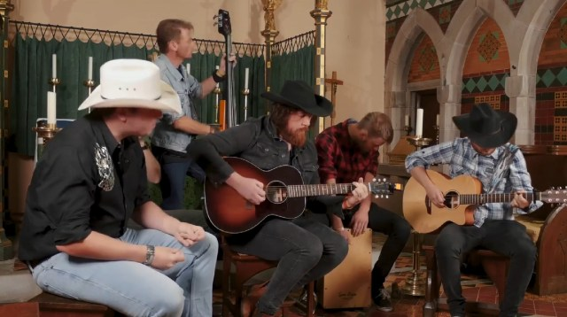 Millport Cathedral Session: Stevie O'Connor – 'Leave The Whiskey To Me'