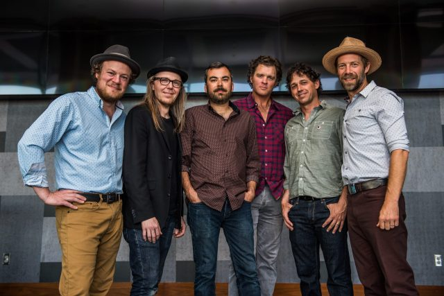 ALBUM REVIEW: Steep Canyon Rangers & Asheville Symphony – 'Be Still Moses'