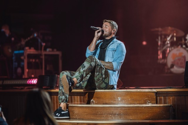 Brett Young Shares 'Lady' From 'Live At The Ryman'