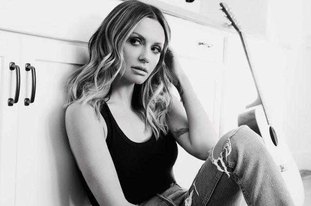 ALBUM REVIEW: Carly Pearce –  '29'