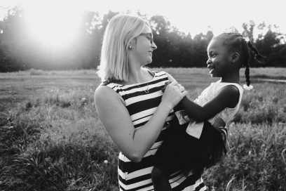 Kristin Brown is a photographer in Cinncinnati ohio that specializes in story telling through her images and giving her families pictures that truly capture everyones personalities.