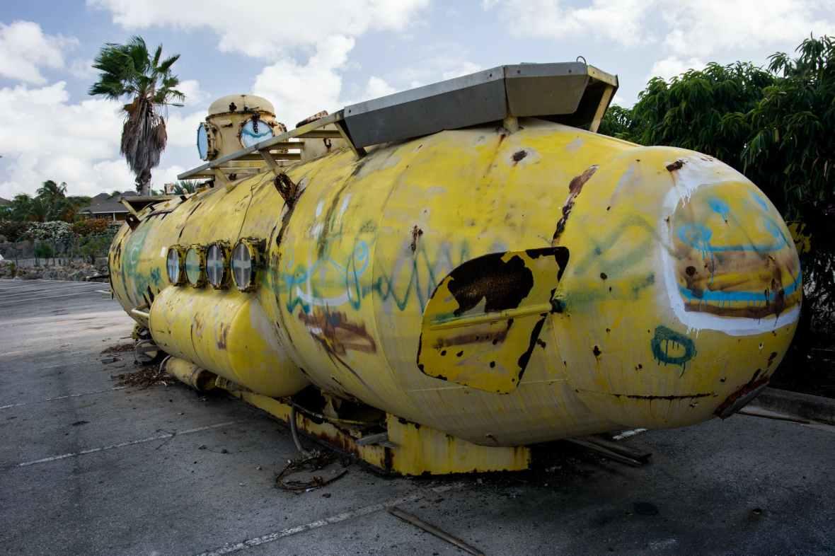 graffiti old submarine u boat