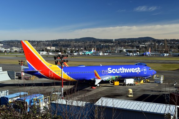 Southwest_Airlines,_Boeing_737-8_MAX,_N8709Q