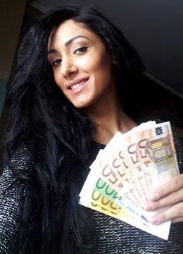 moneyslaves-not-stupid