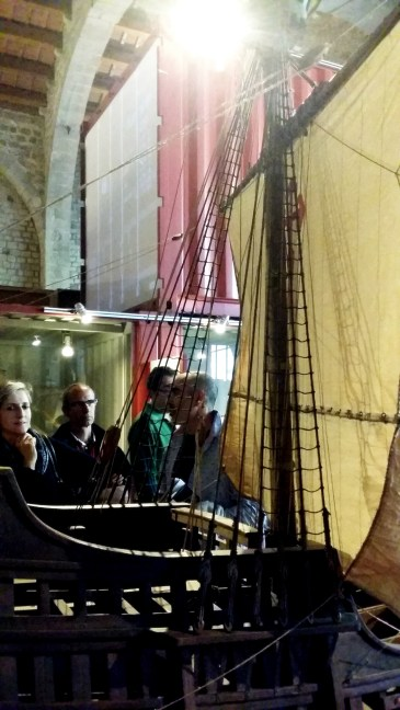 """crowds admiring one of the most beautiful models presented at the """"7 ships, 7 stories"""" exhibition"""