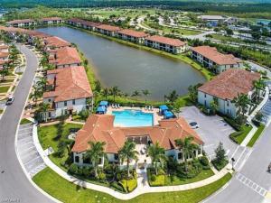 Livingston Lakes Naples FL