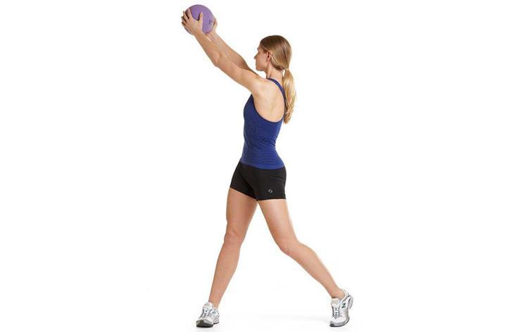 cross-body-chop-medicine-ball