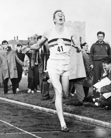 Roger bannister breaking the 4 minute mile