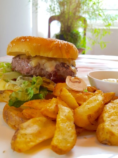 Monterey Jack Burger