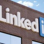 LinkedIn Contact Download Feature is Back, Company Apologizes for Inconvenience