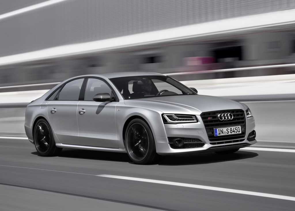 Audi S8 Plus – The Monster Luxury Sedan to be Unleashed from October 2015