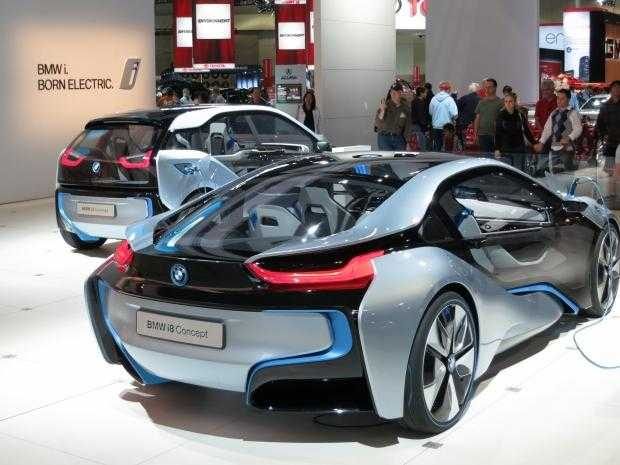 Apple Car May Launch in the Near Future with BMW's Technology