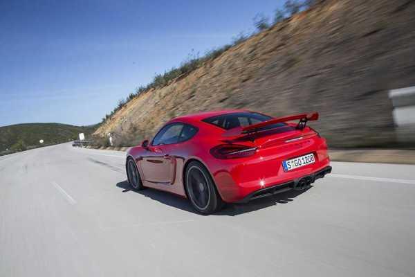 Porsche_Cayman_GT4_Red