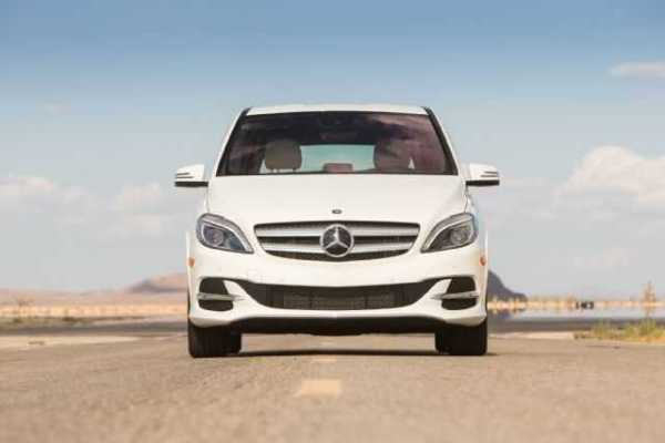 2015-Mercedes-Benz-B-Class-Electric
